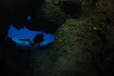 Swim-through, Maria La Gorda, Cuba
