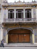 Mgnificent Derelict Building, Havana