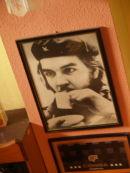 Che Guevara drinking coffee