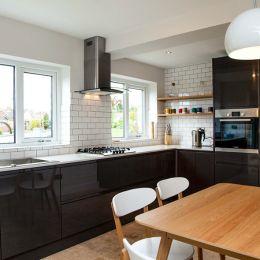 Modern Black & White Kitchen